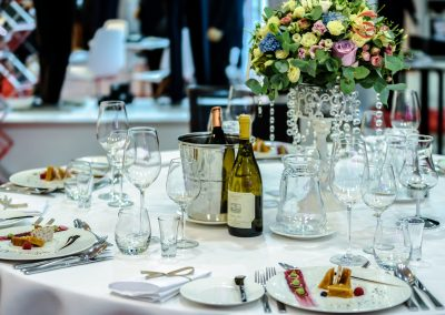 bankett-tafel-event-floristik-blumen-boehme