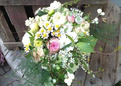 floristik-bunter-rosenstrauss-blumenstrauss-blumenladen-boehme-Dresden-Ost-Tolkewitz