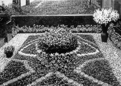 Historie-1881-Friedhofschmuck-Blumenladen-Boehme-Dresden-Tolkewitz